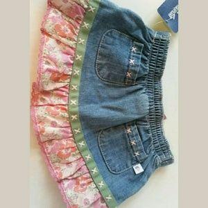 OshKosh B'gosh Bottoms - 🦊 Oshkosh skirt set